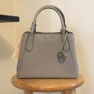 Michael Kors KIMBERLY PVC Leather Small Satchel